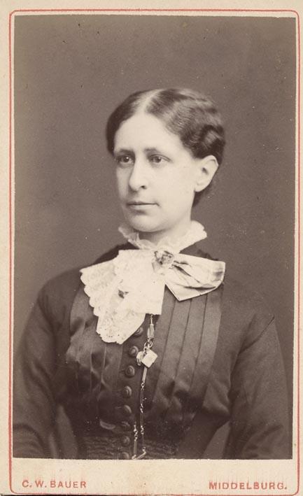 BAUER, W. - Portret van Jkvr Henriette de Jonge.