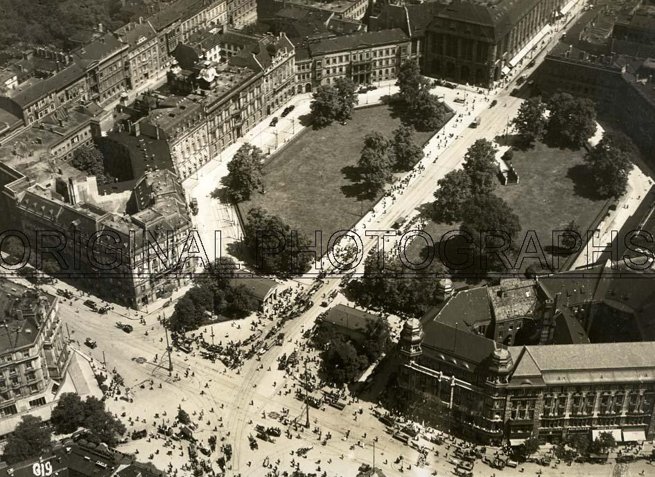 BERLIN. - Aerial view of Leipziger Platz, Berlin.