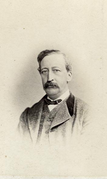 BINGER & CO., CH. - Portrait of a man.
