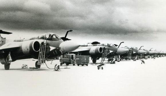 BLACKBURN. - Buccaneer S.2, XX**(/WS,208 Sqn line up,1984.