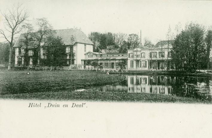 BLOEMENDAAL. - Hotel ,,Duin en Daal