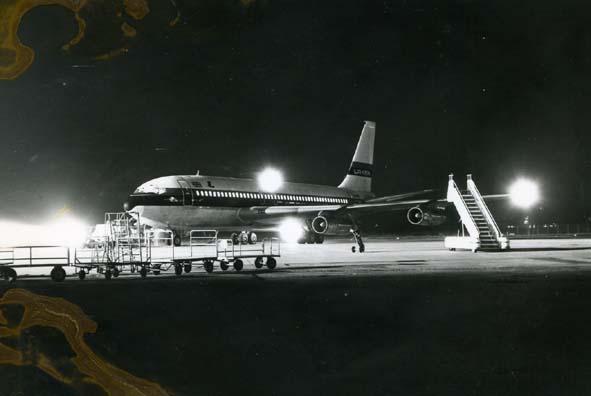BOEING. - 707, Laker, Aeroporto di Pisa.