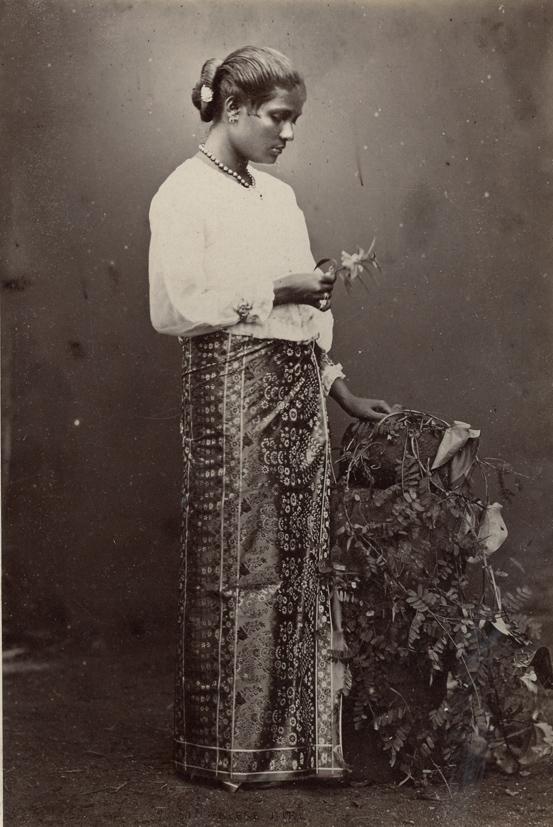 CEYLON. - Portrait of a Singhalese Girl.