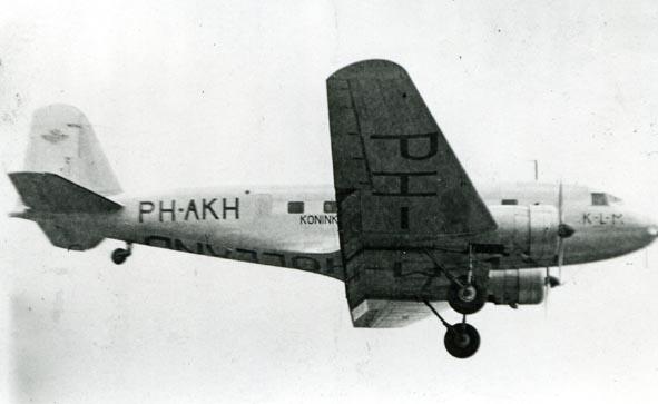 DOUGLAS. - DC-2, PH-AKH, KLM.