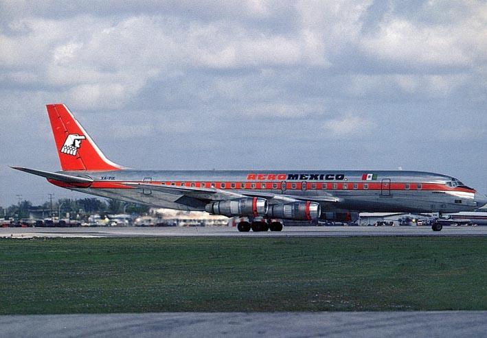DOUGLAS. - DC-8-51 XA-PIK c/n 45685/204, at Miami 11/82, Aeromexico.